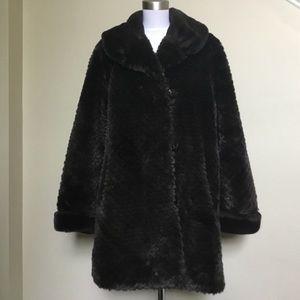 $695 Super Luxurious Neiman Marcus Fur Coat